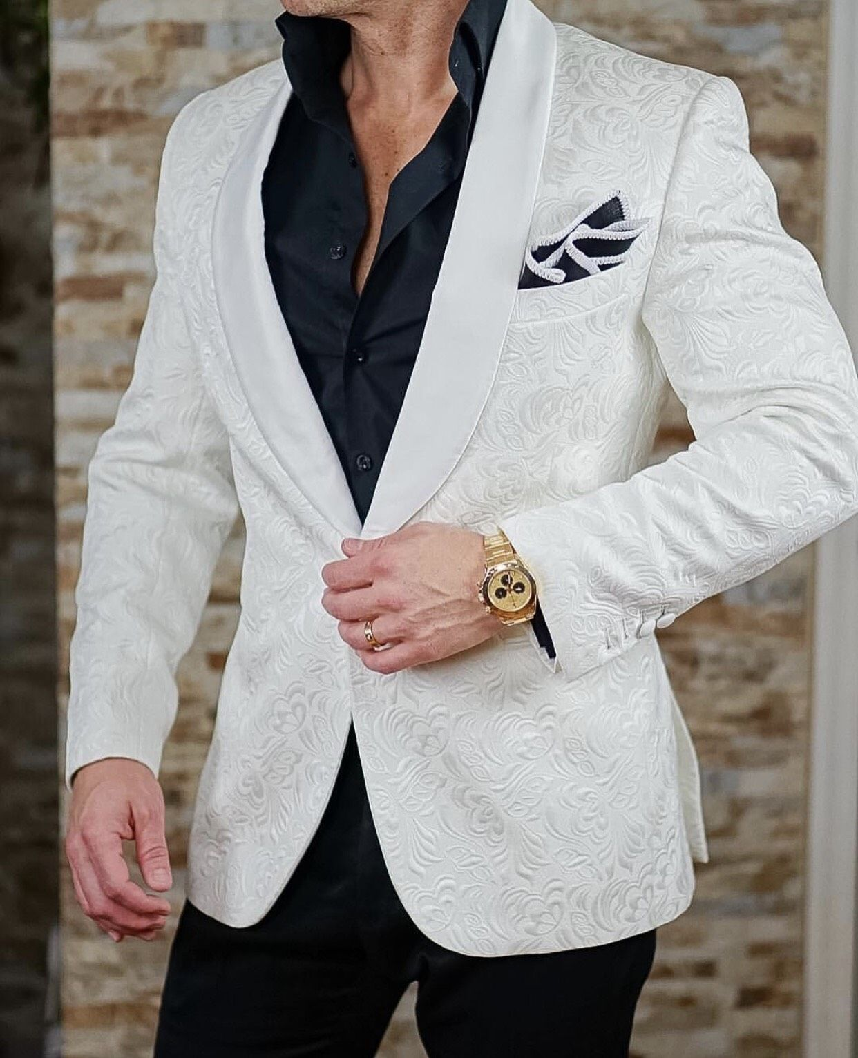 White Paisley Dinner Jacket Mens fashion suits, Well