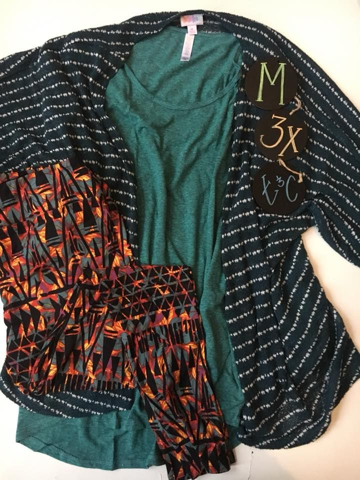 Love this beautiful LulaRoe Outfit! It would make a wonderful holiday gift, or a perfect addition to your Lularoe collection Join our VIP Group and Shop Now for your favorite styles and individual sizes!  https://www.facebook.com/groups/LulaRoeKristenD/