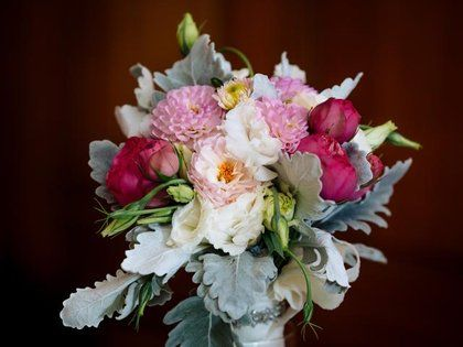 Dutch Flowers In The River Market Provided For S Wedding At Loose Mansion Kansas City