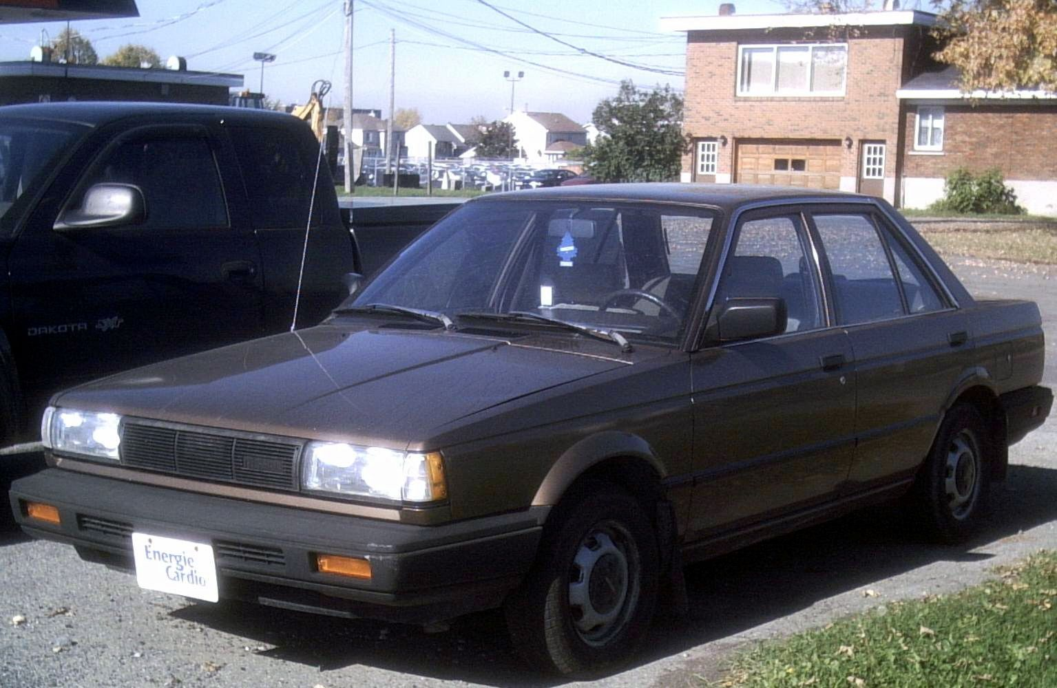 87 nissan sentra mine looked just like this one [ 1535 x 1000 Pixel ]