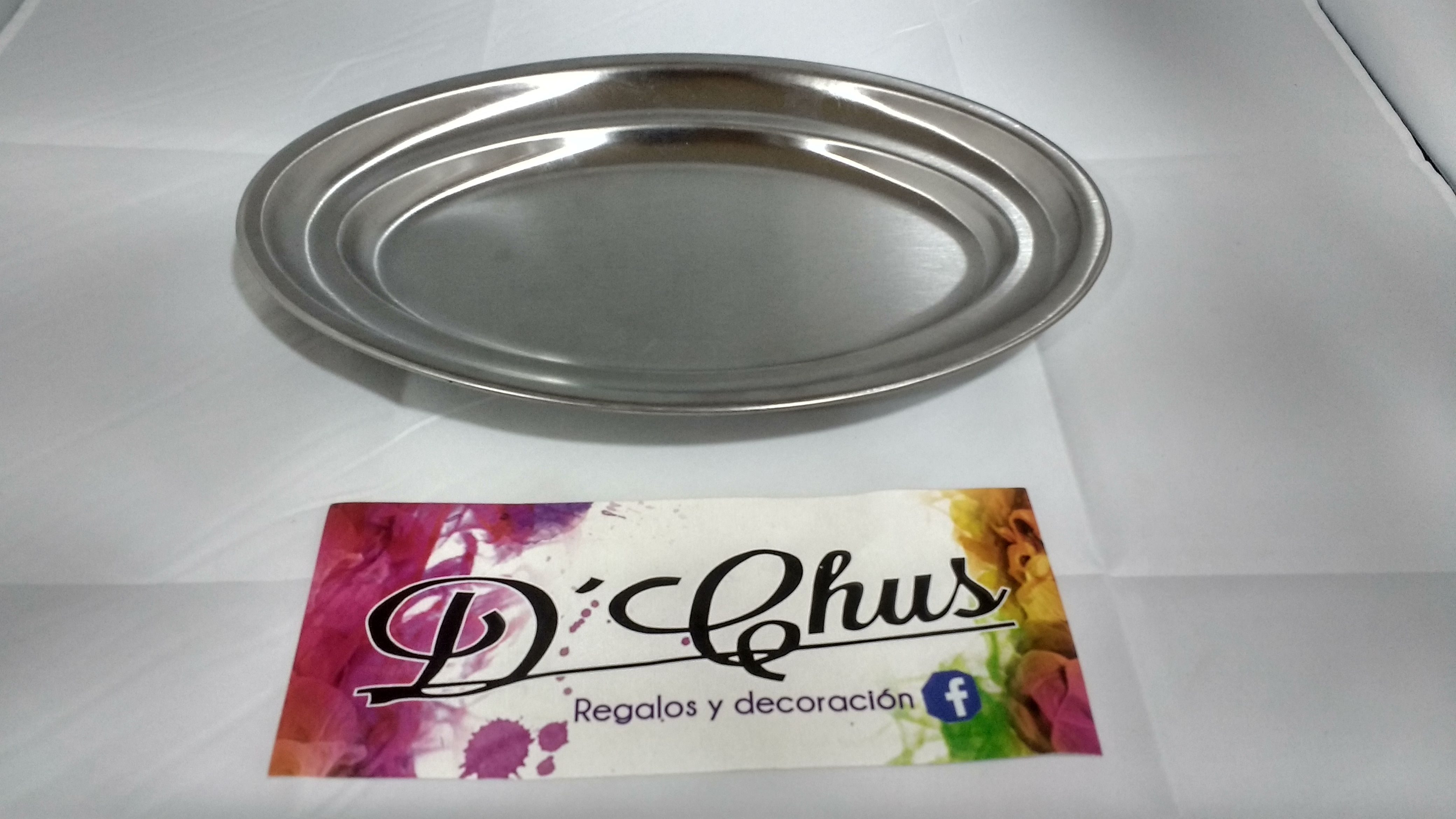 Bandejas del modelo Acero Inox Ovalada Pequeña. #dchusregalos #DCHUS #bandejasaceroinoxovaladapequeña