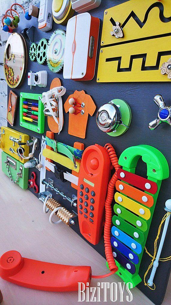 verkaufsschlager! Kleinkind beschäftigt Board Aktivität Board für Kleinkind Busyboard Montessori beschäftigt Board Fidget Board Sensory Board Holzspielzeug #toddlerhalloween