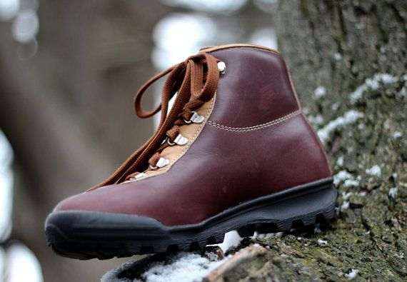 2c3b27d38e6 Vintage 1990 waterproof Gore-Tex and leather hiking boots - Made in ...