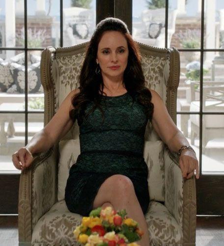 Let 39 S Relive The Destruction Of Victoria Grayson 39 S Chair From Revenge Revenge Revenge Tv