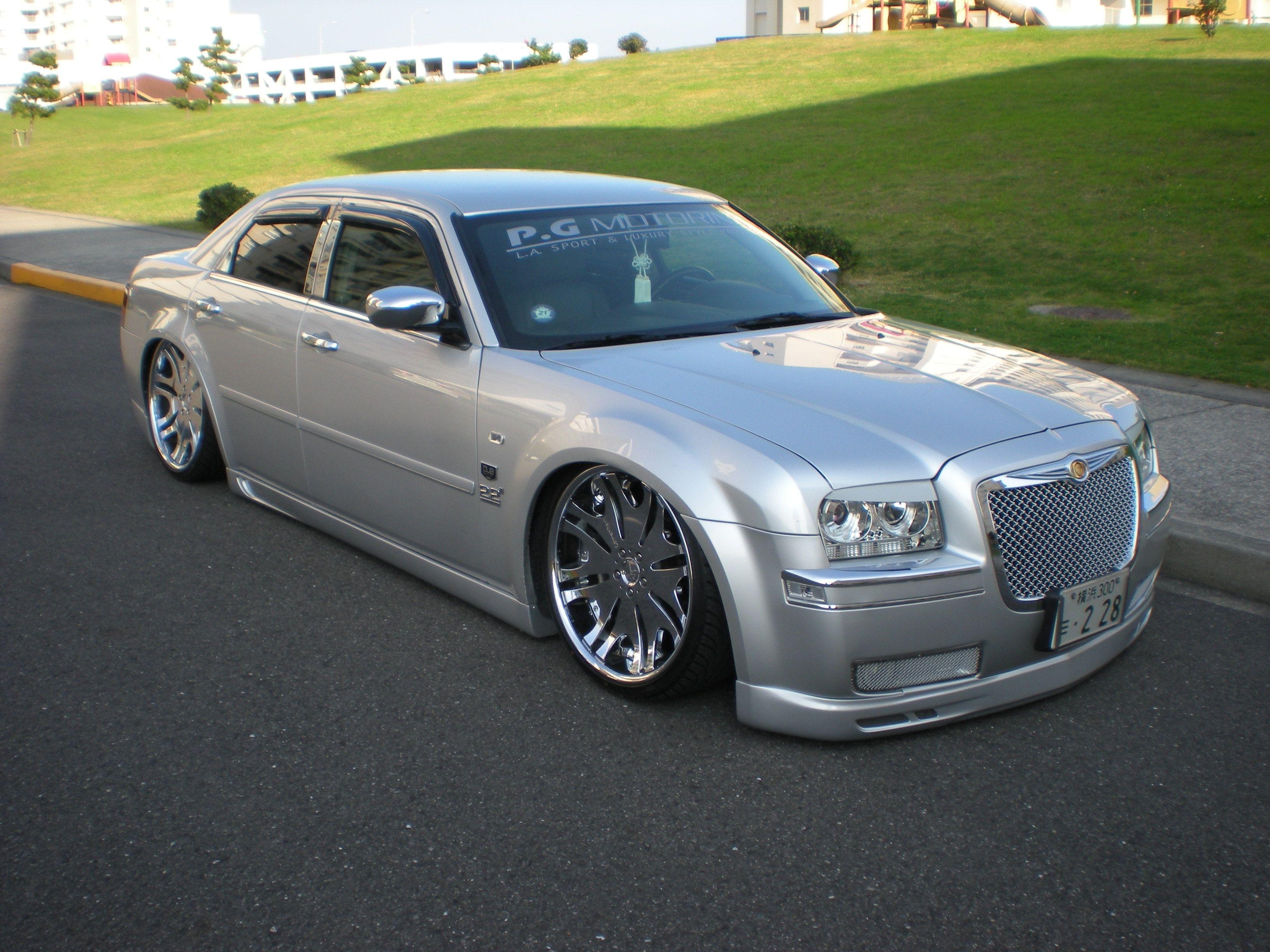 Slammed300 S 2005 Chrysler 300 In Chrysler 300 Chrysler