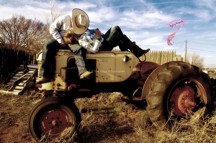 Couple On Tractor : Couple on tractor pictures love pose