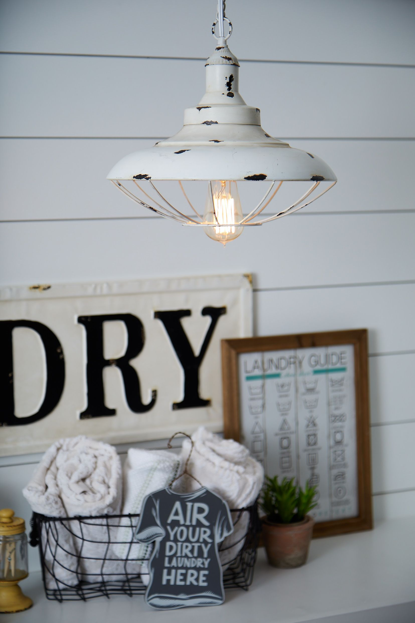 Industrial Meets Classic Vintage Style In This White Metal Pendant