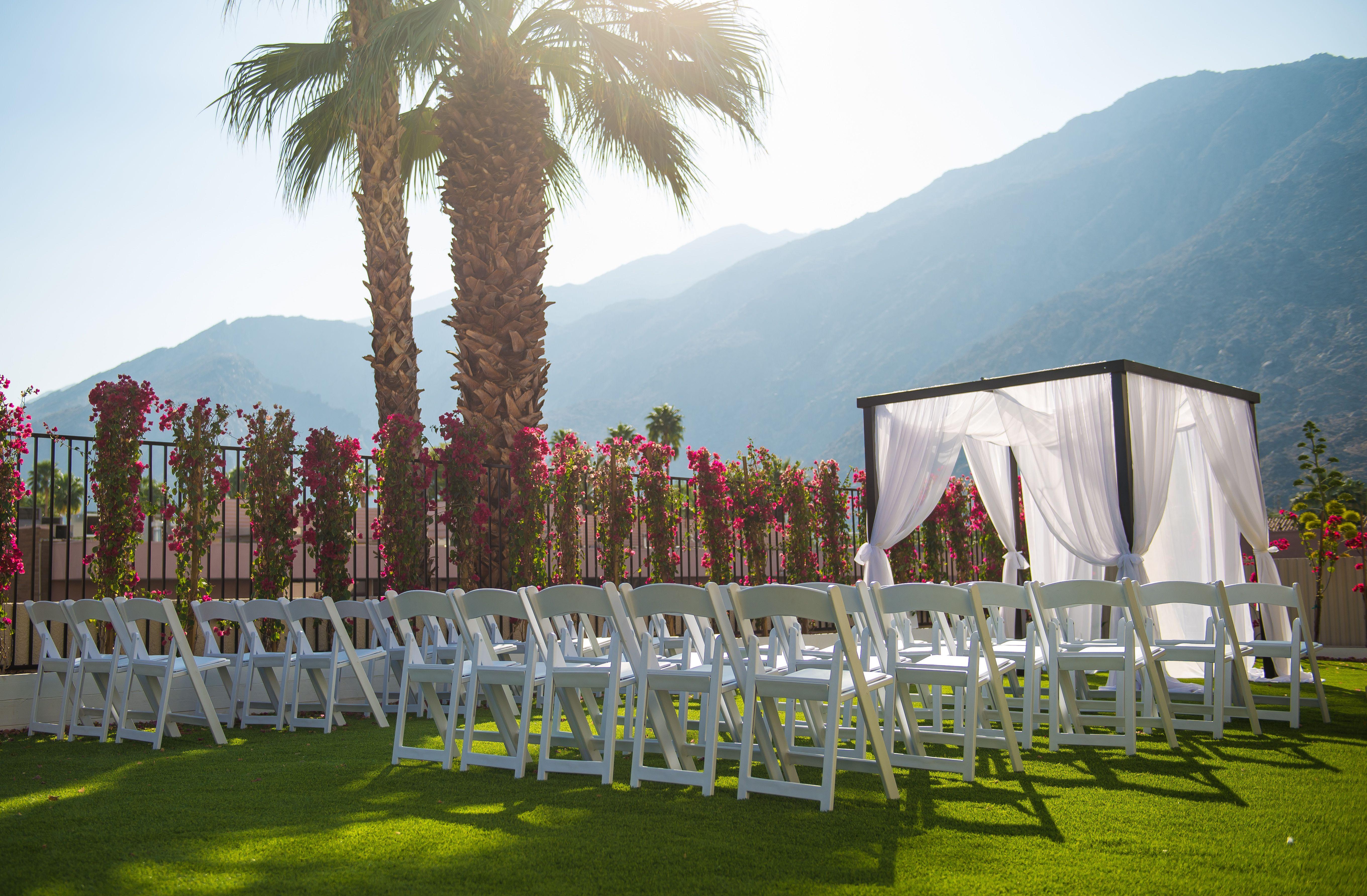 wedding lawn hard rock palm springs palm springs wedding