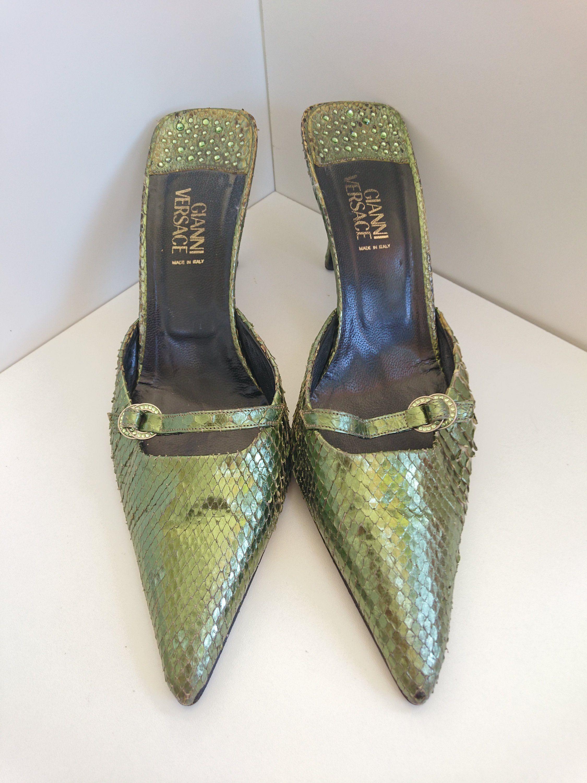 Gianni Versace Woman S Vintage Shoes Size 39 Italy Etsy Vintage Shoes Women Vintage Shoes Gianni Versace