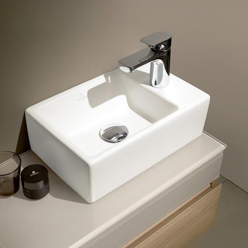 Villeroy Boch Memento Mobel Handwaschbecken Weiss Mit Ceramicplus Villeroy Boch Open Plan Kitchen Condo Decorating