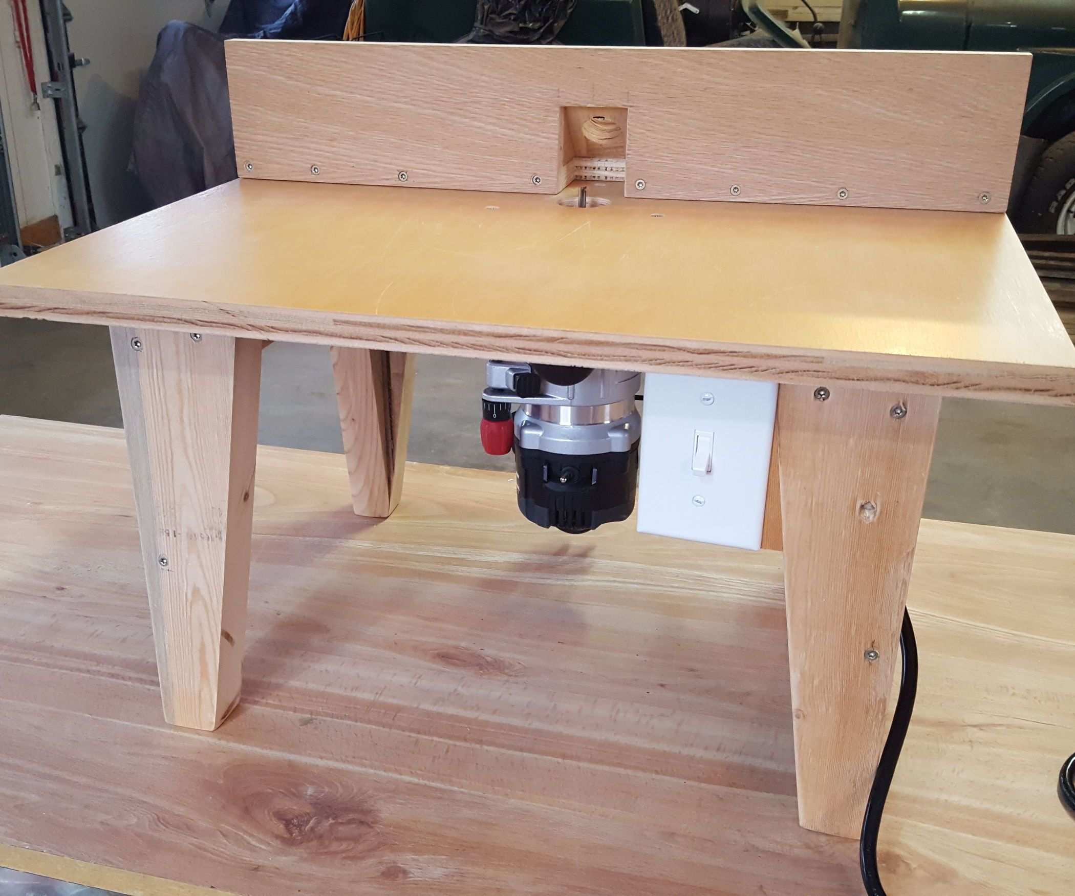 Craftsman Portable Table Saw With The Built In Router Table