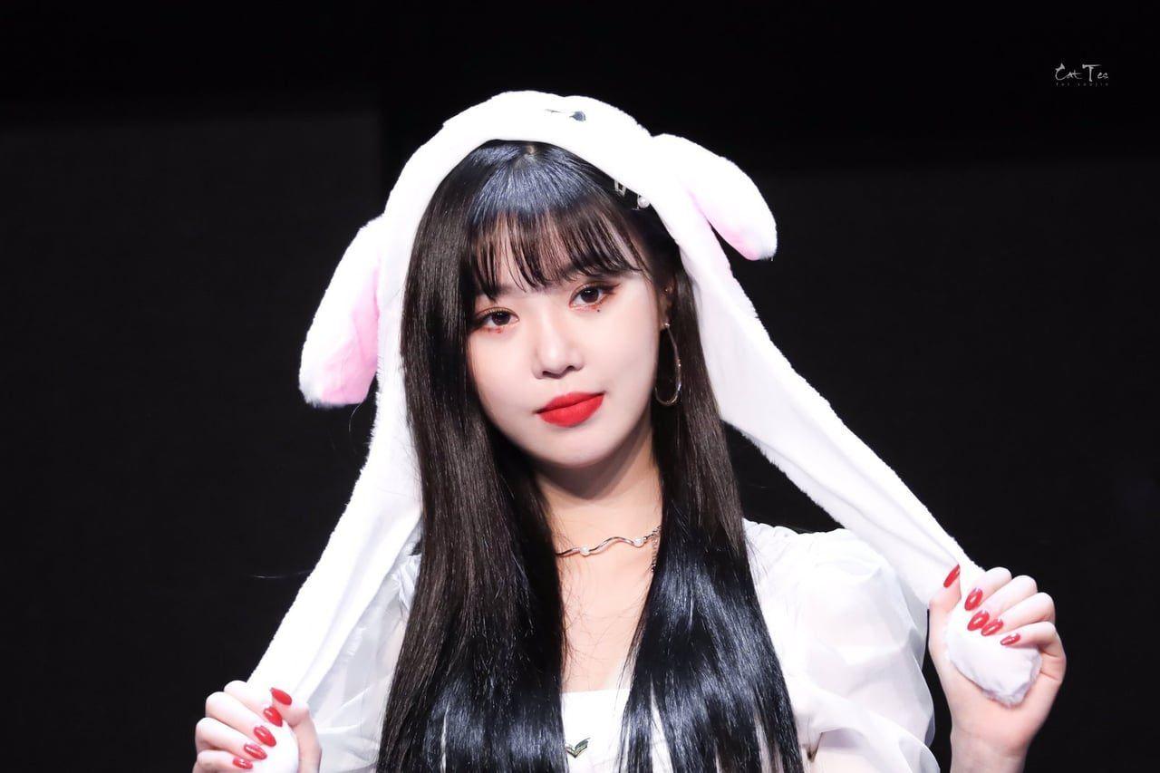 Soojin Pics On Twitter Kpop Girls Girl With Hat Ulzzang Girl