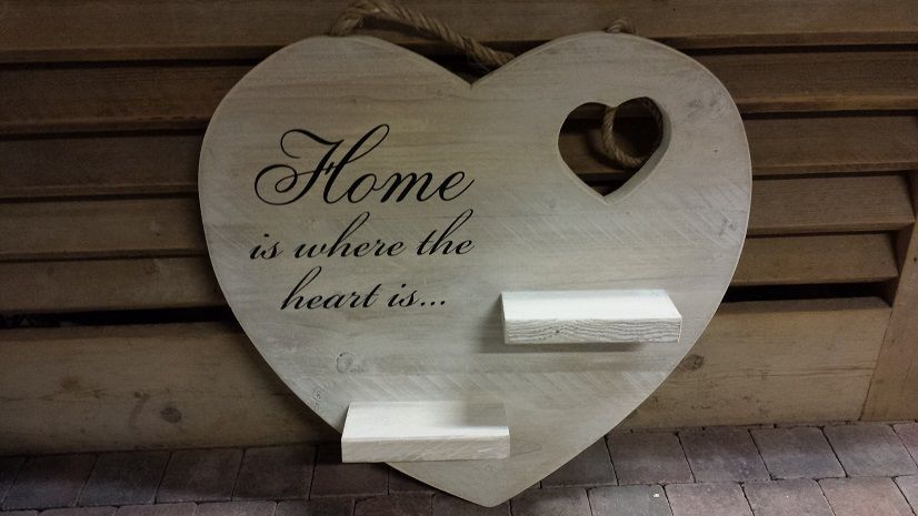 Garage Inrichting Gebruikt : Hart met plankjes en tekst cm gebruikt steigerhout u e white