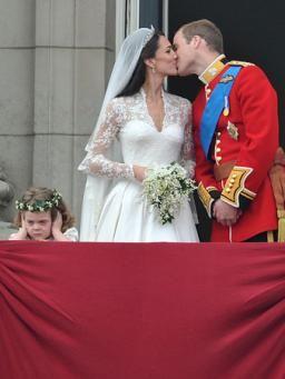 Hochzeit In London Die Schonsten Bilder Von William Kate Br De Prinz William Und Kate Hochzeitsfeier Ideen Hochzeit Pannen