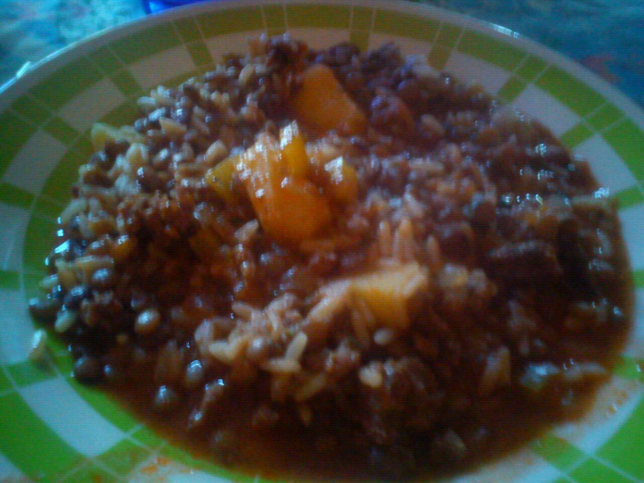 guiso de lentejas con arroz y papas