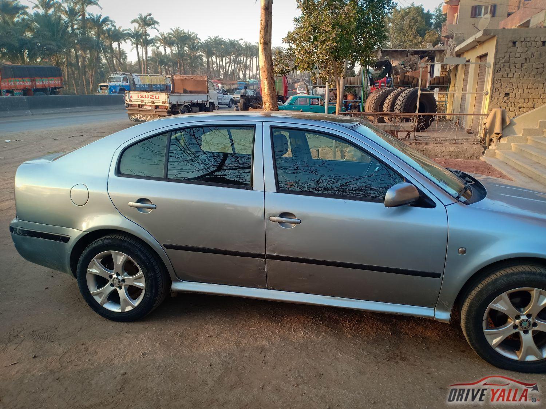 سيارة اسكودا A4 2005 اتوماتك درايف يلا Car Door Car Bmw