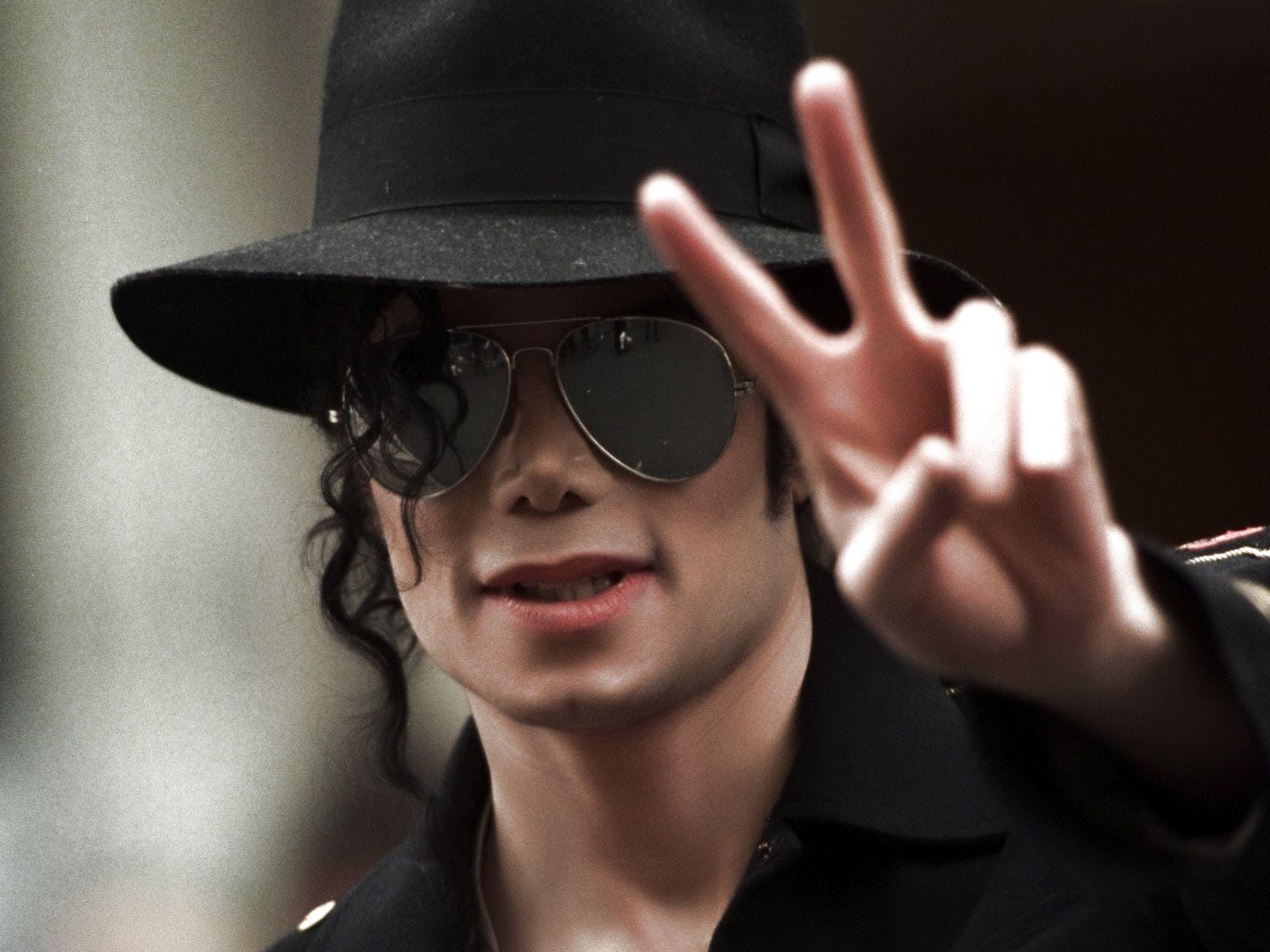 Michael Jackson Hologram to Appear at Billboard Music Awards ...