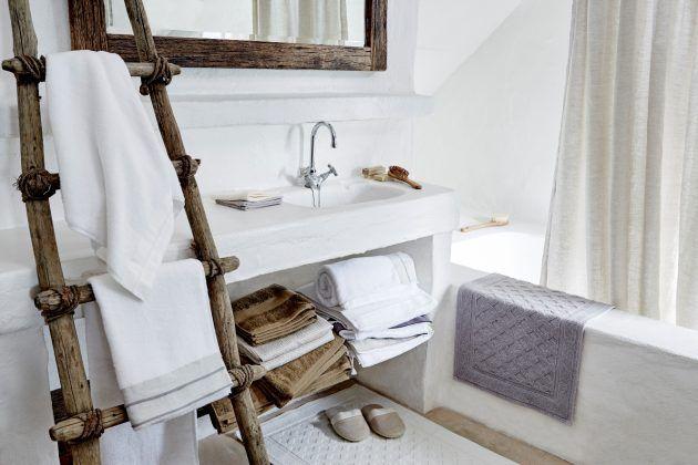 Wohnideen * Inspiration * Dekoration * Badezimmer * Holzleiter * Holzrahmen  Für Spiegel * Urbanara