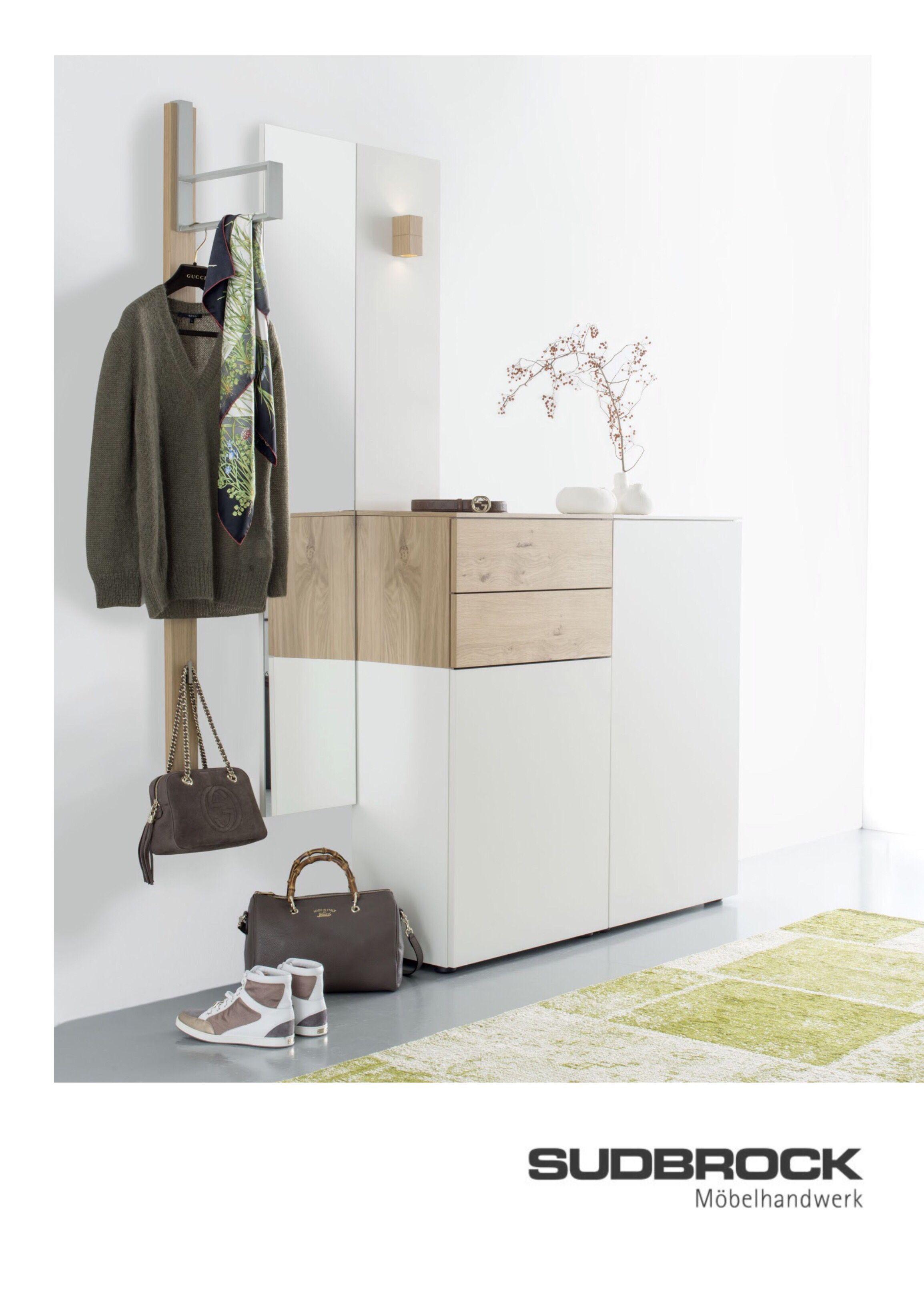 Garderobe Weiss Holz Flur Diele Eingangsbereich Sudbrock Eingang