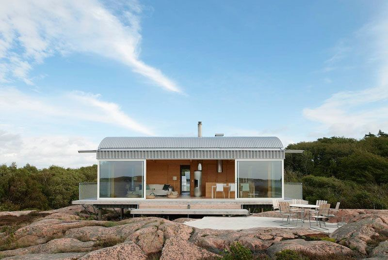19 Examples Of Modern Scandinavian House Designs House On Stilts Summer House House Design