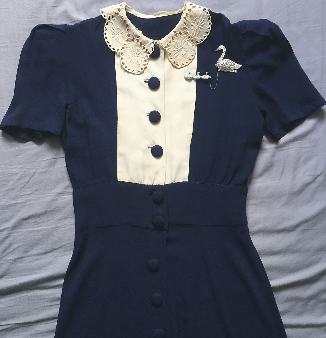 ed274ca334 Early 1940s dress and 1930s swan chatelaine brooch.  1940s  1930s ...