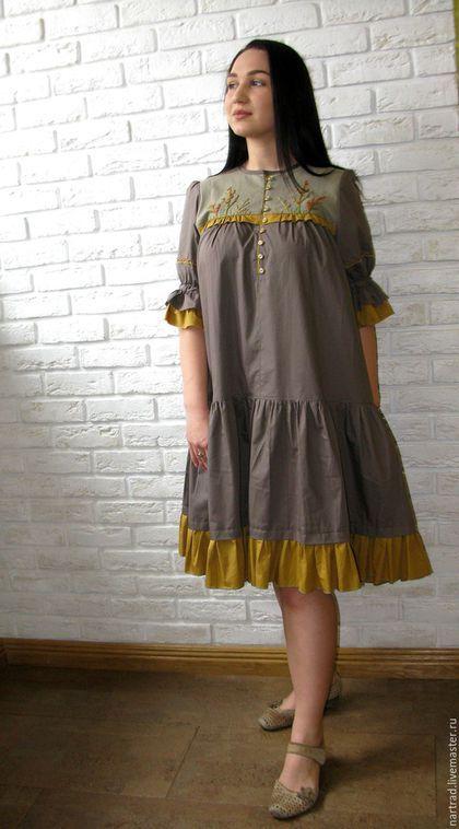 22576e229a3 Купить или заказать Платье летнее из хлопка с вышивкой в интернет-магазине  на Ярмарке Мастеров