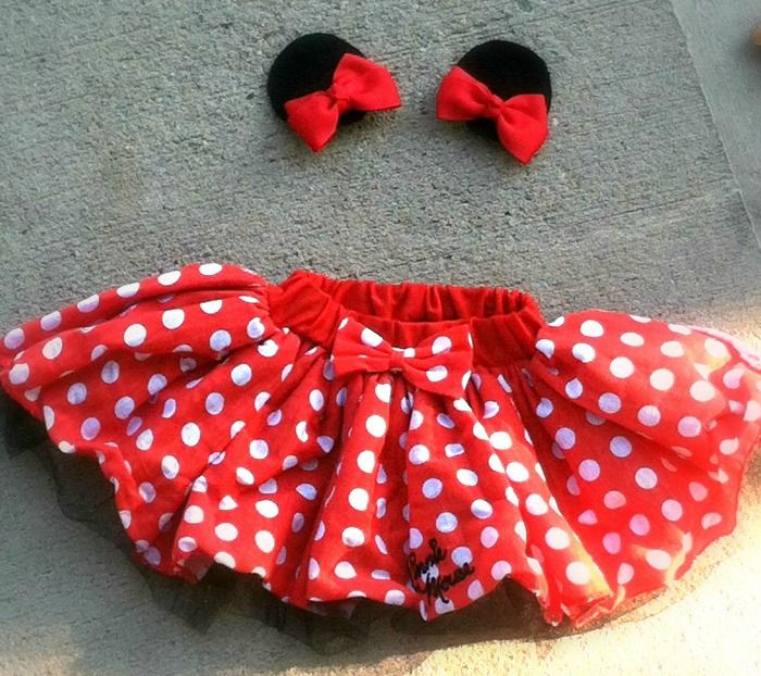 DIY Minnie Mouse Costume for Dogs