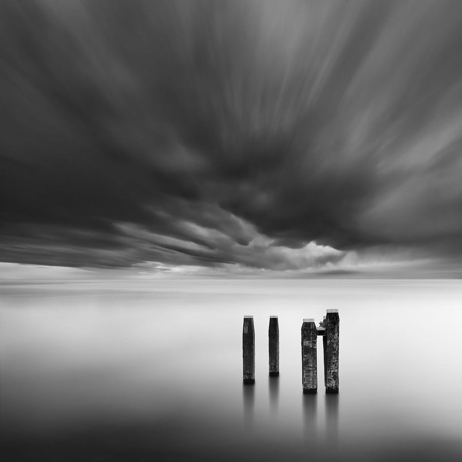 Minimalist Photographer Captures Dramatic Depth Of Nature In Black And White Black And White Landscape Minimalist Photography Nature Photography