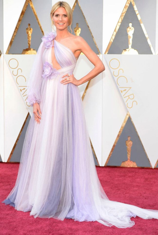 Heidi Klum attends the 88th annual Academy Awards
