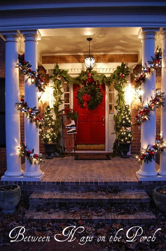 Hundreds of Christmas Decorating Ideas