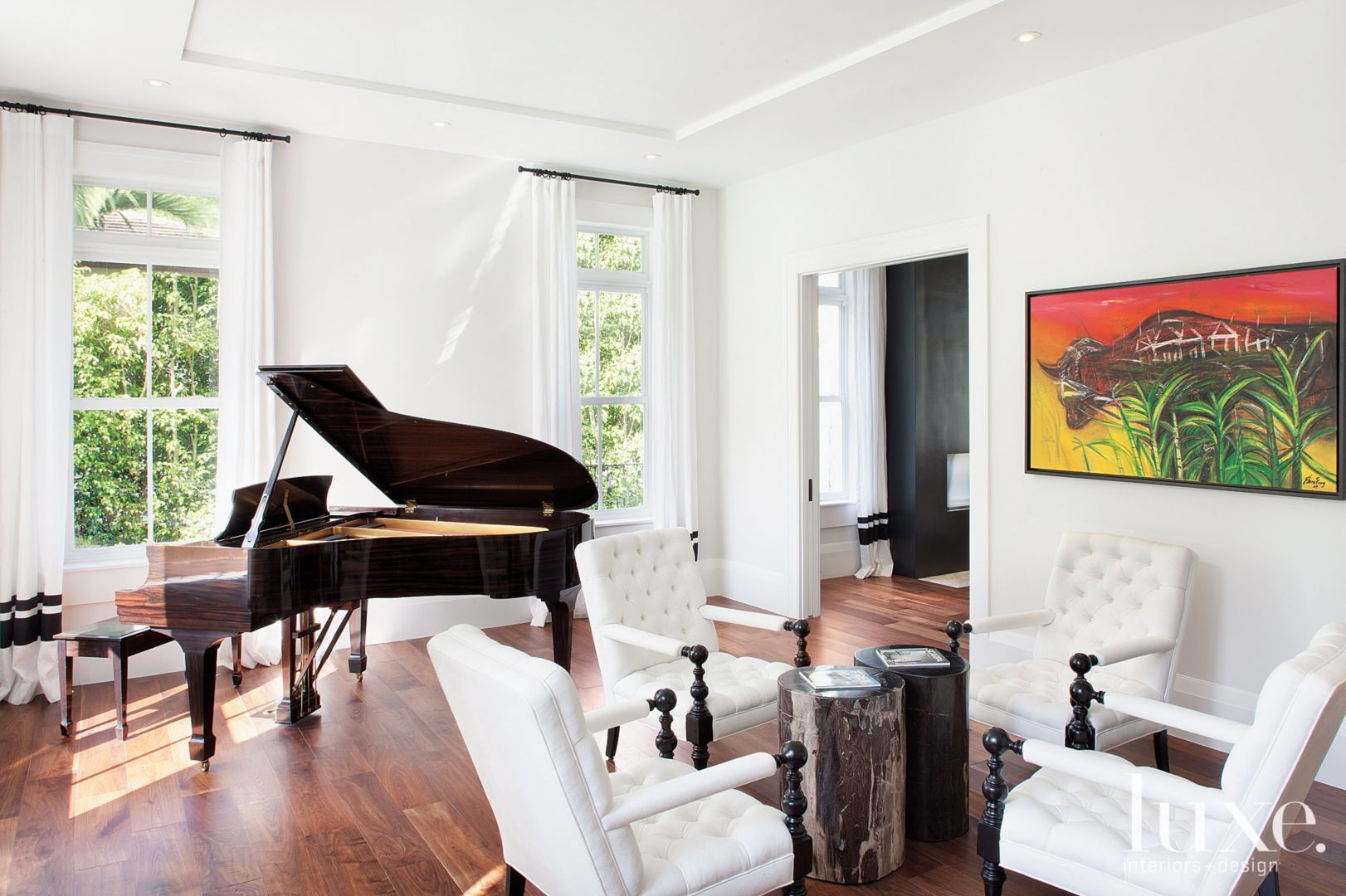20 Ways to Decorate with Animal Print | LuxeWorthy - Design Insight ...