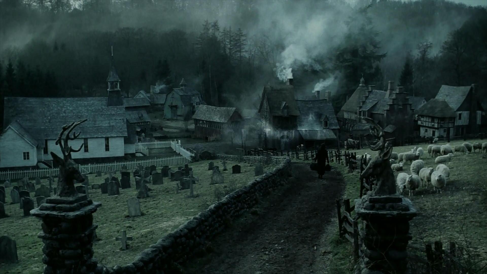 Halloween 2020 Screencaps Sleepy Hollow (1999)   Movie Screencaps.in 2020 | Sleepy