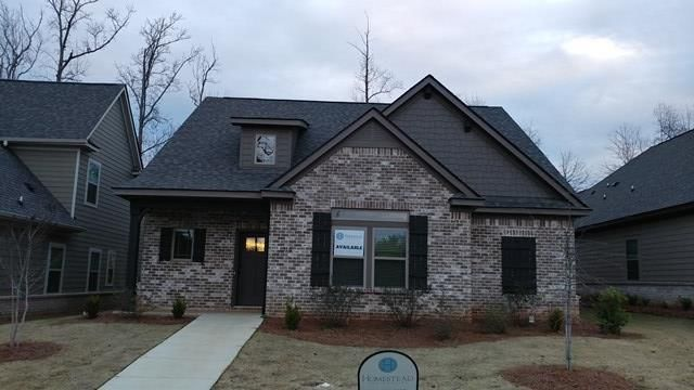 HOME OF THE WEEK*** 1016 Starr Court Rosemary Gate Auburn