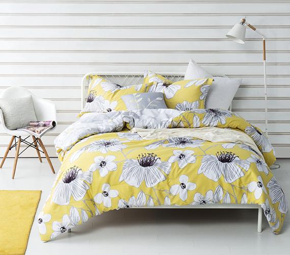 Buttercup Haze Twin XL Comforter Set Dorm Bedding Must Have Dorm Items