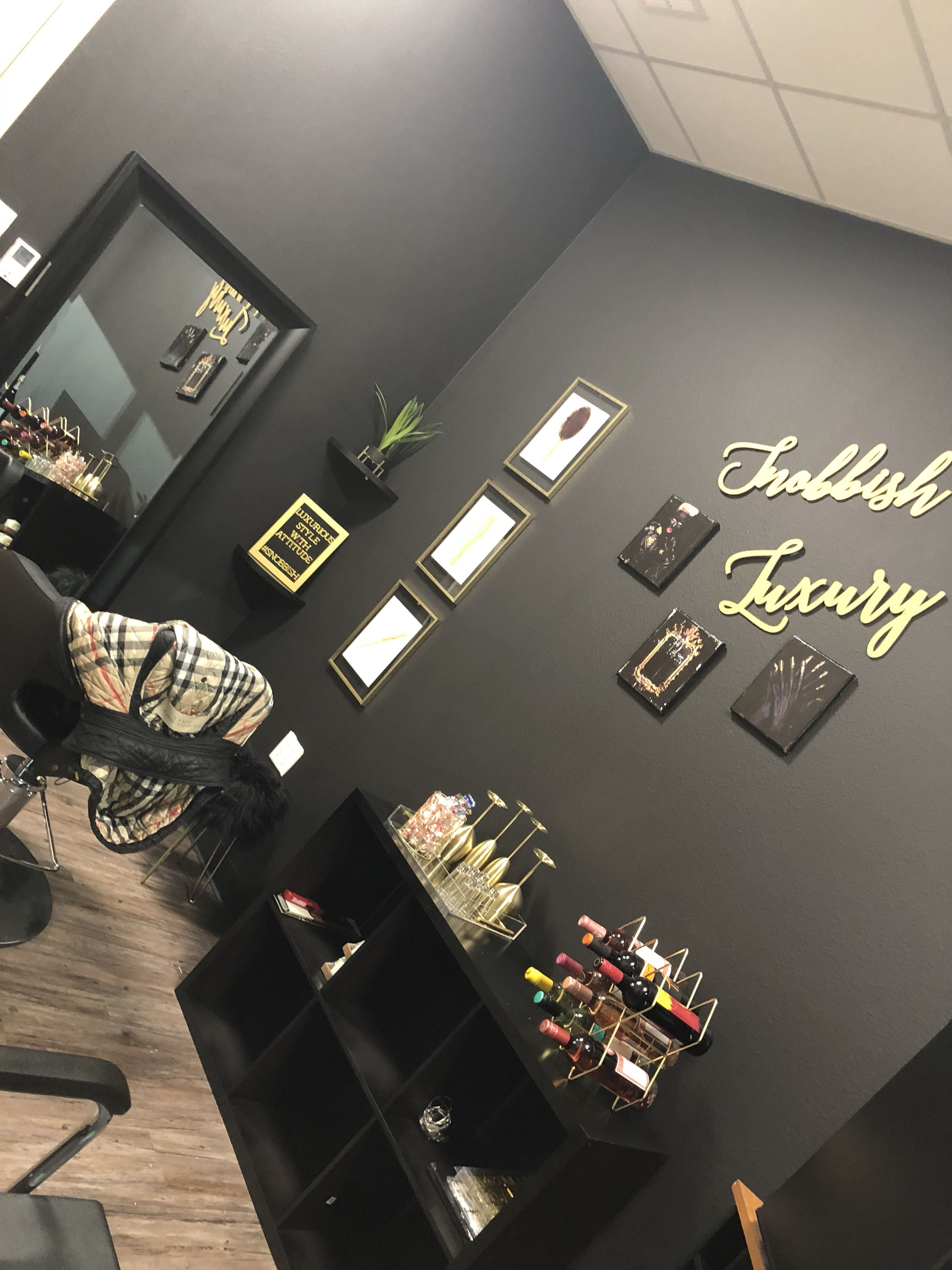 Black and Gold Theme Salon