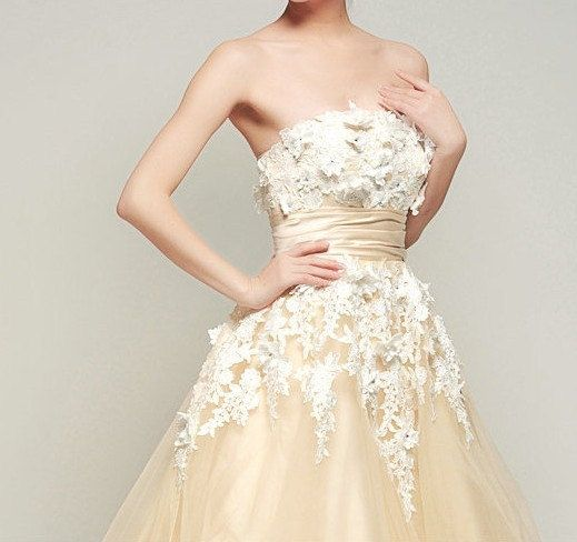 Vintage Lace Flower Wedding Dress See more romantic notions... http ...