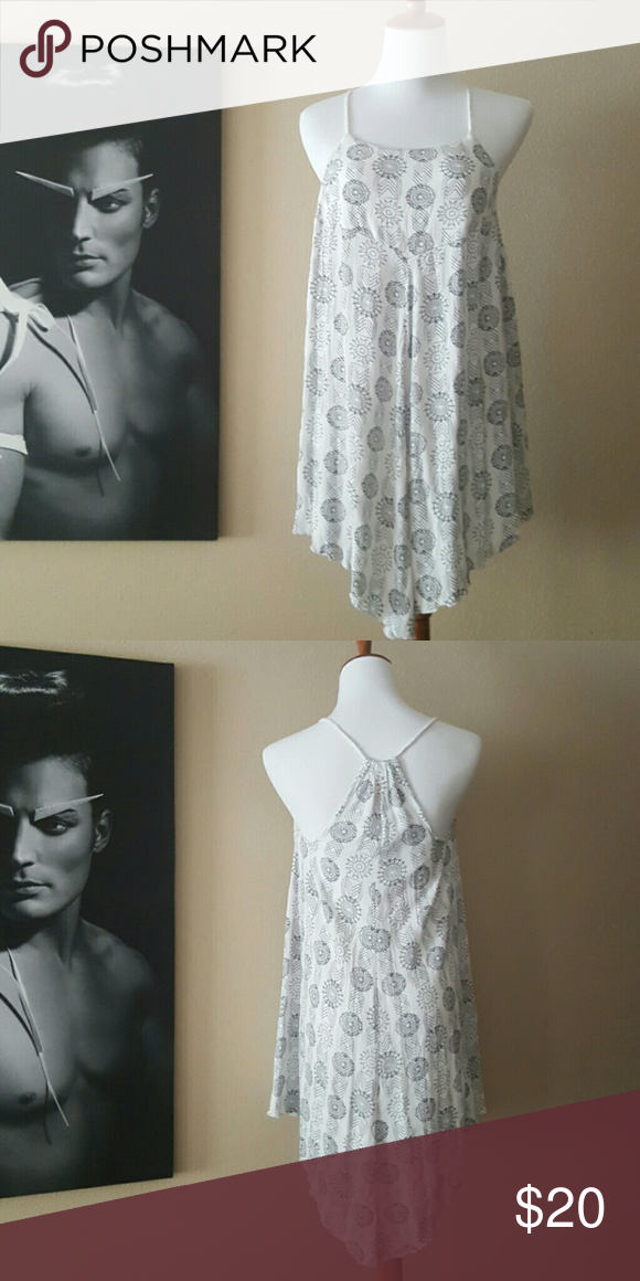Summer loving Flirty dress for day or night....ageless Xhilaration Dresses