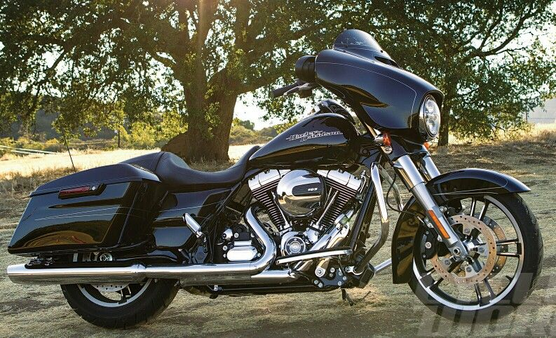 Cant wait for my vivid black street glide to arrive on 28 jan 2104 #HDNaughtyList