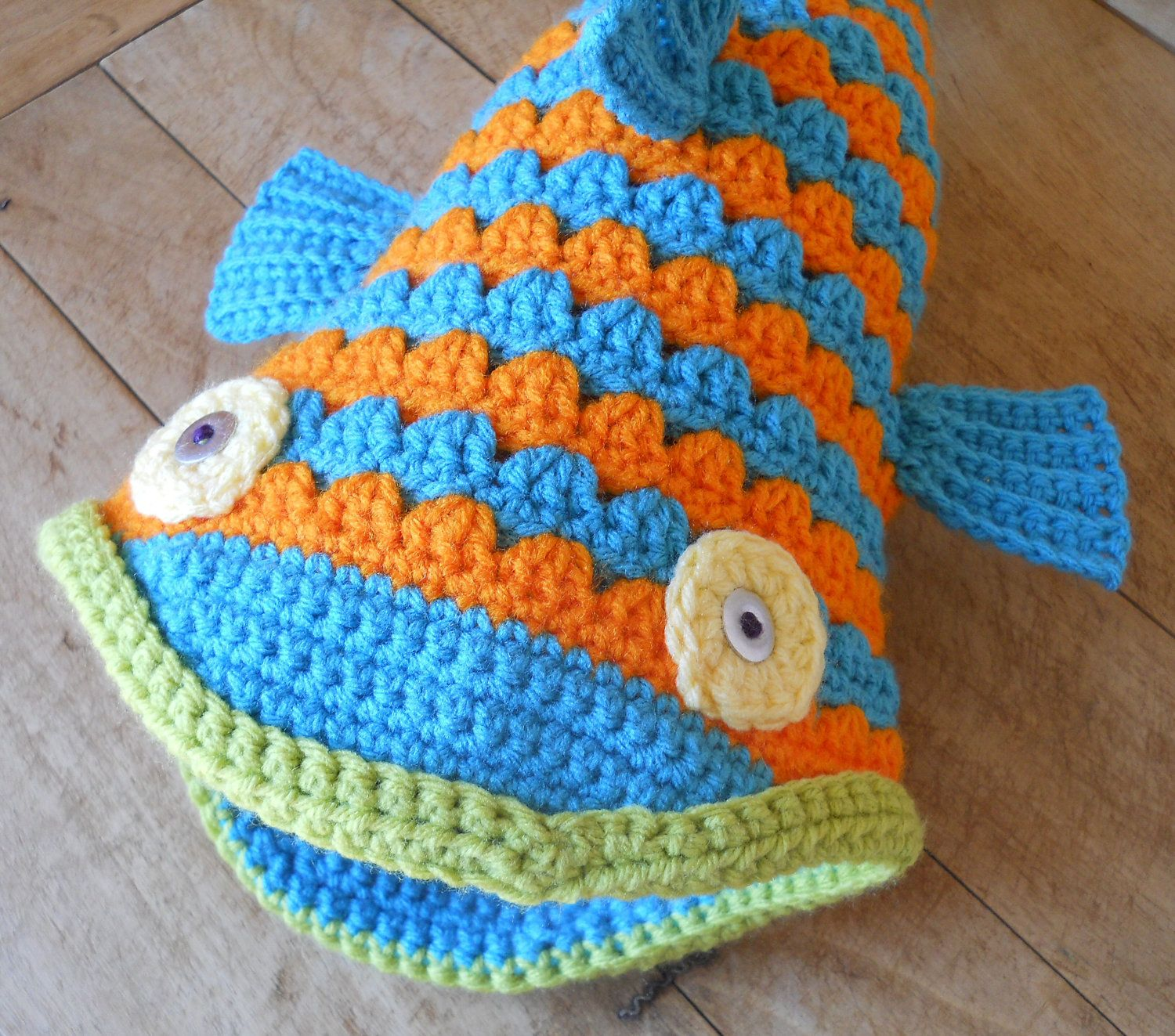 Crochet Fish Hat Pattern and Tutorial | Crochet fish, Fish and Crochet