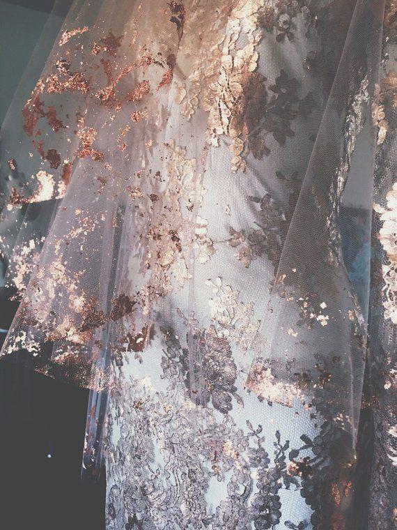 ROSE GOLD Metallic abgeblätterte Brautschleier - Hera von Cleo und Clementine #combs
