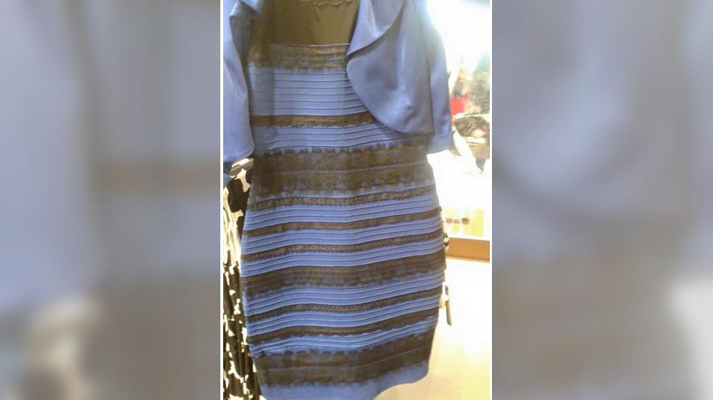 Robe bleu ou blanc or