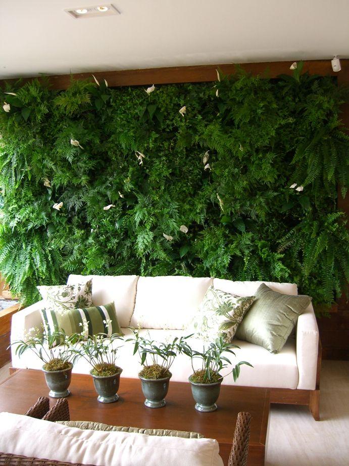 jardim suspenso na varanda em painel gigante