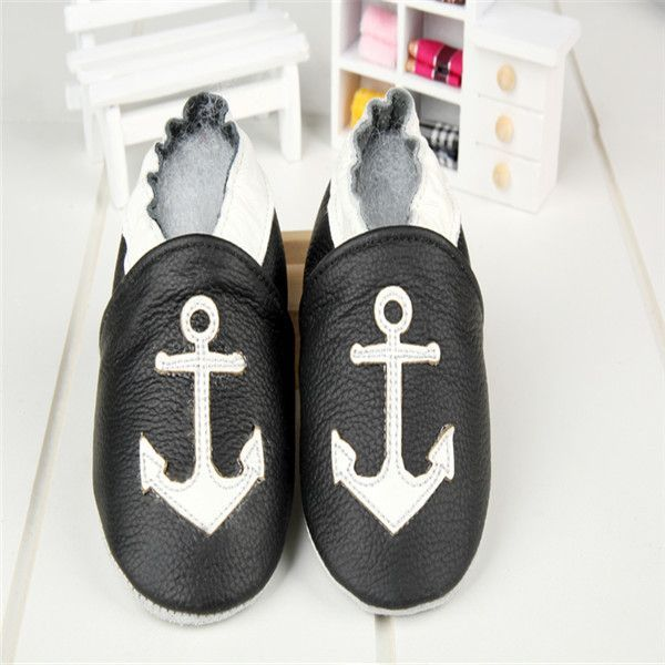 Free Shipping Fashion Genuine Cow Leather Baby Moccasins Soft Soled Baby Boy Shoes Girl Newborn Infant Crib Shoes First Walkers