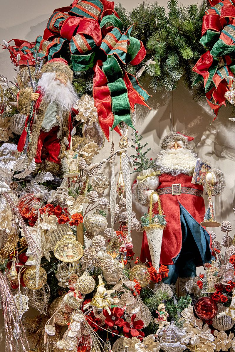 Nostalgic decorated wreath by Goodwill | Nostalgic Christmas 2016 ...