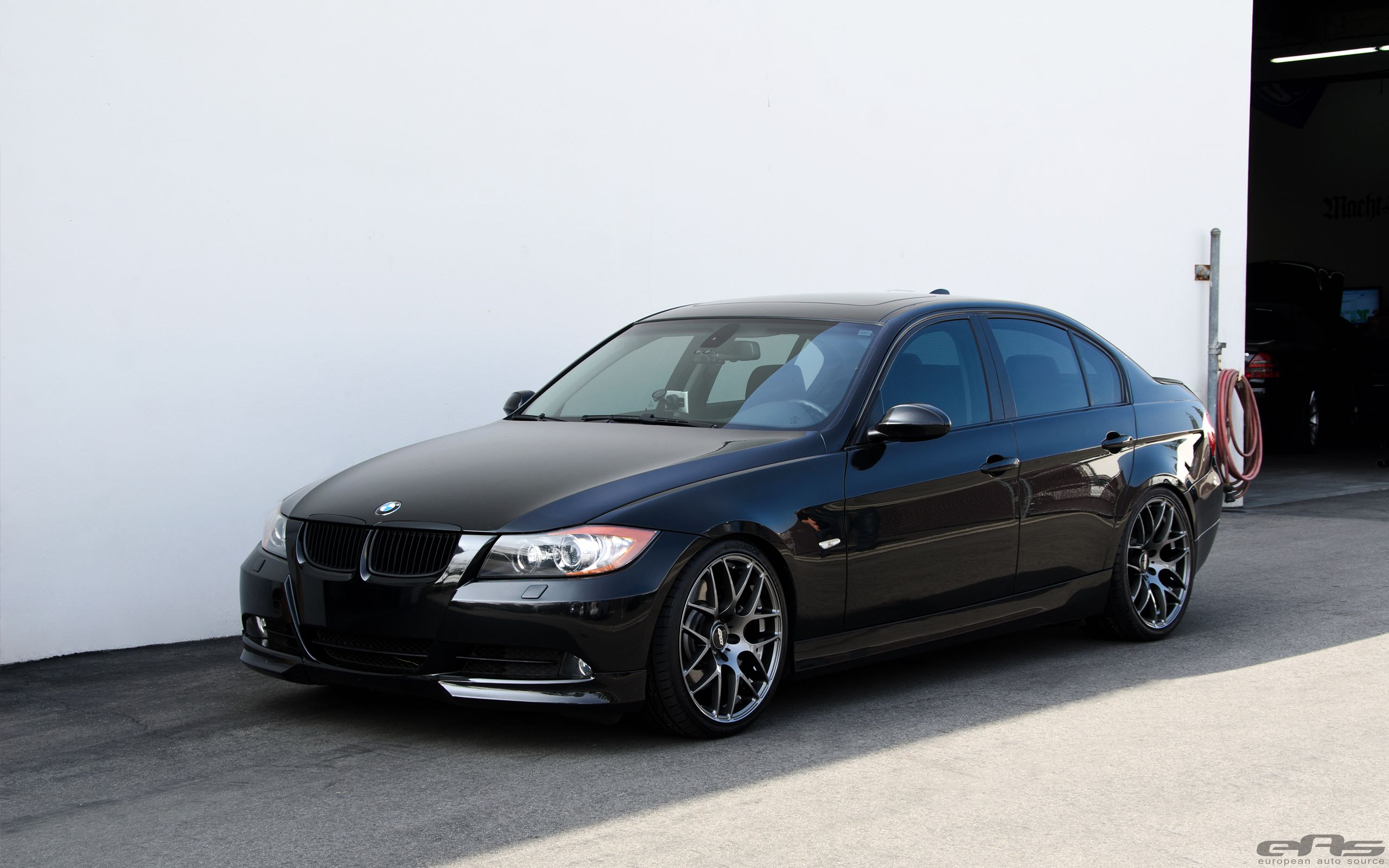 Jet Black Bmw E90 335i Looks Clean With Aftermarket Wheels Dengan