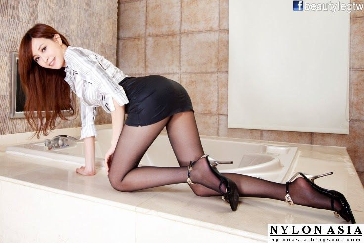 Porn Nylon Sex Blog Legs 69