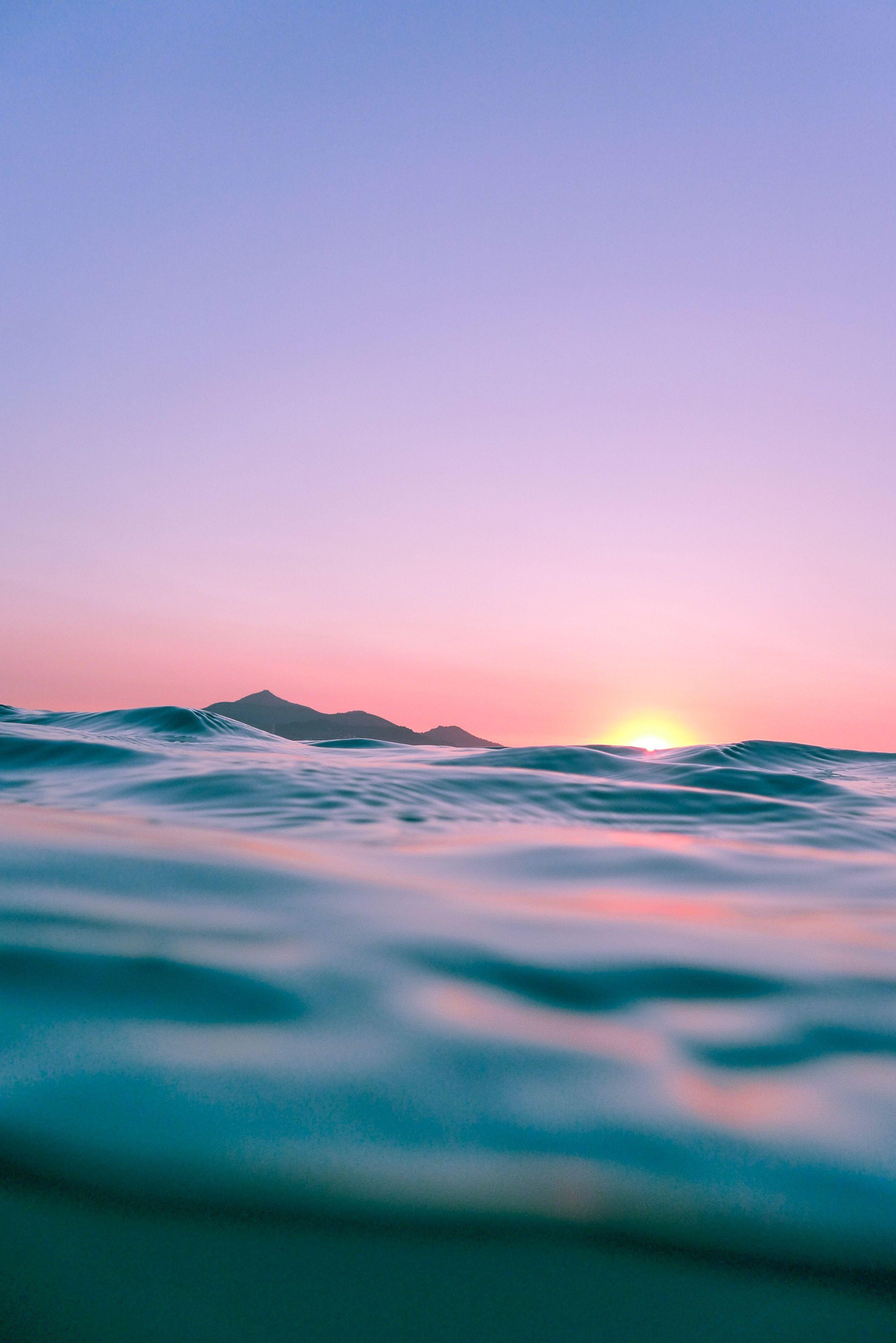 Soft Purple Sky Over The Ocean Purple Purpleaesthetic Sunset Photography Wallpaper Light Purple Wallpaper Scenery Photography