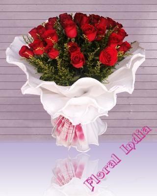 Send Birthday Flower To Indiafresh Floweronline Cake For Birthdayflowers Birthdayflower Delivery Services In IndiaOrder Online Same