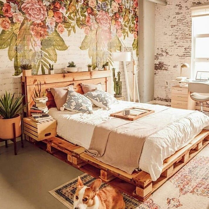 DIY Pallet Bed #woodpalletfurniture