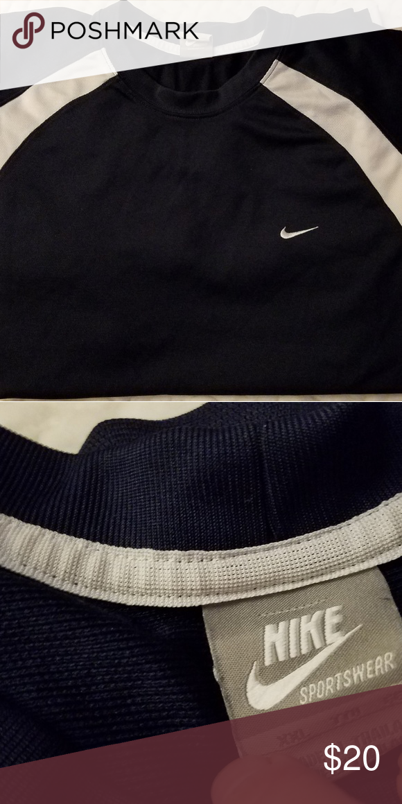 89cb0c06 Nike quick dry Navy with white quick dry in prestine condition. Nike Shirts  Tees - Short Sleeve